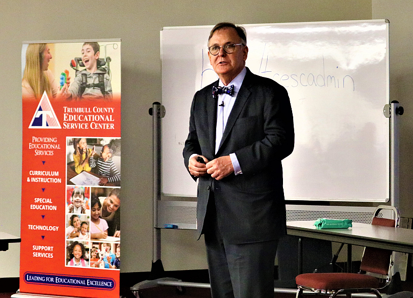 Internationally recognized educational leader Dr. Douglas Reeves, founder of Creative Leadership Solutions, discusses academic excellence with Trumbull County school leaders at the TCESC.