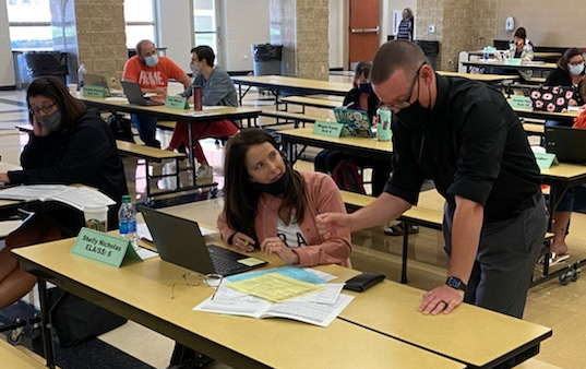 Summer of Growth 2021 - Teachers and staff interacting in group activities